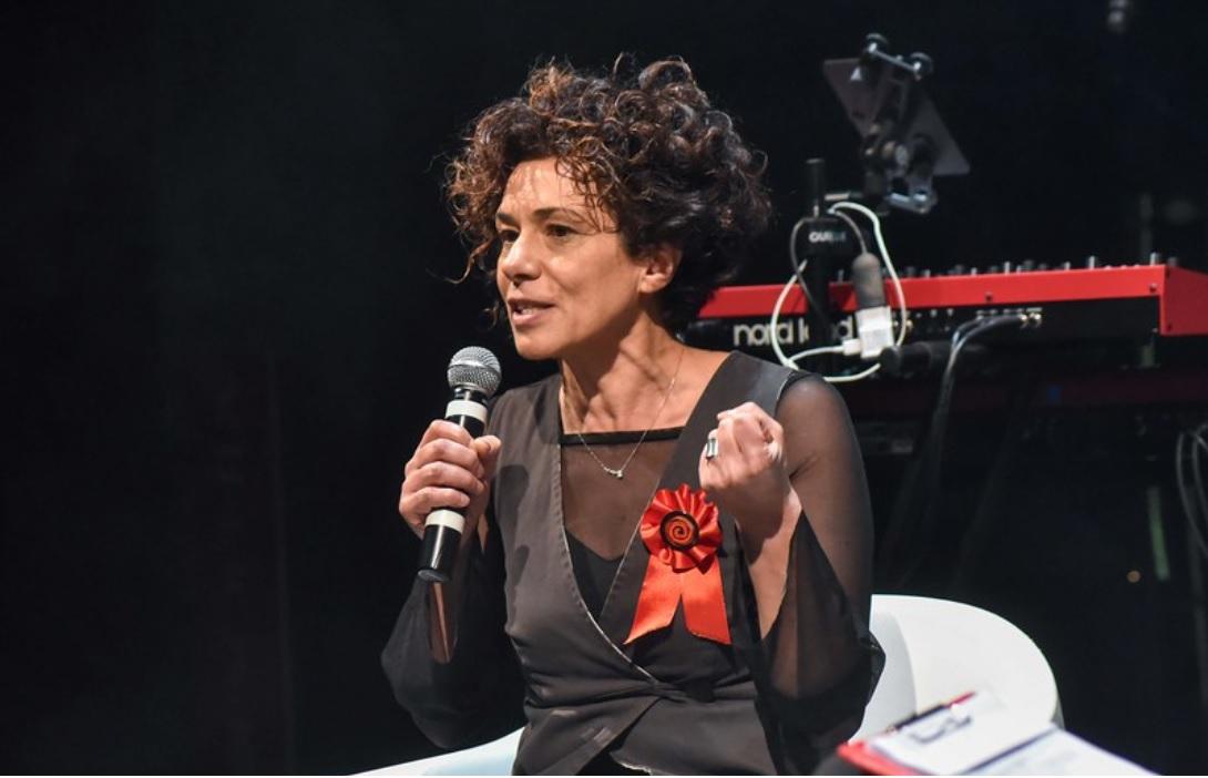 Angela Azzaro